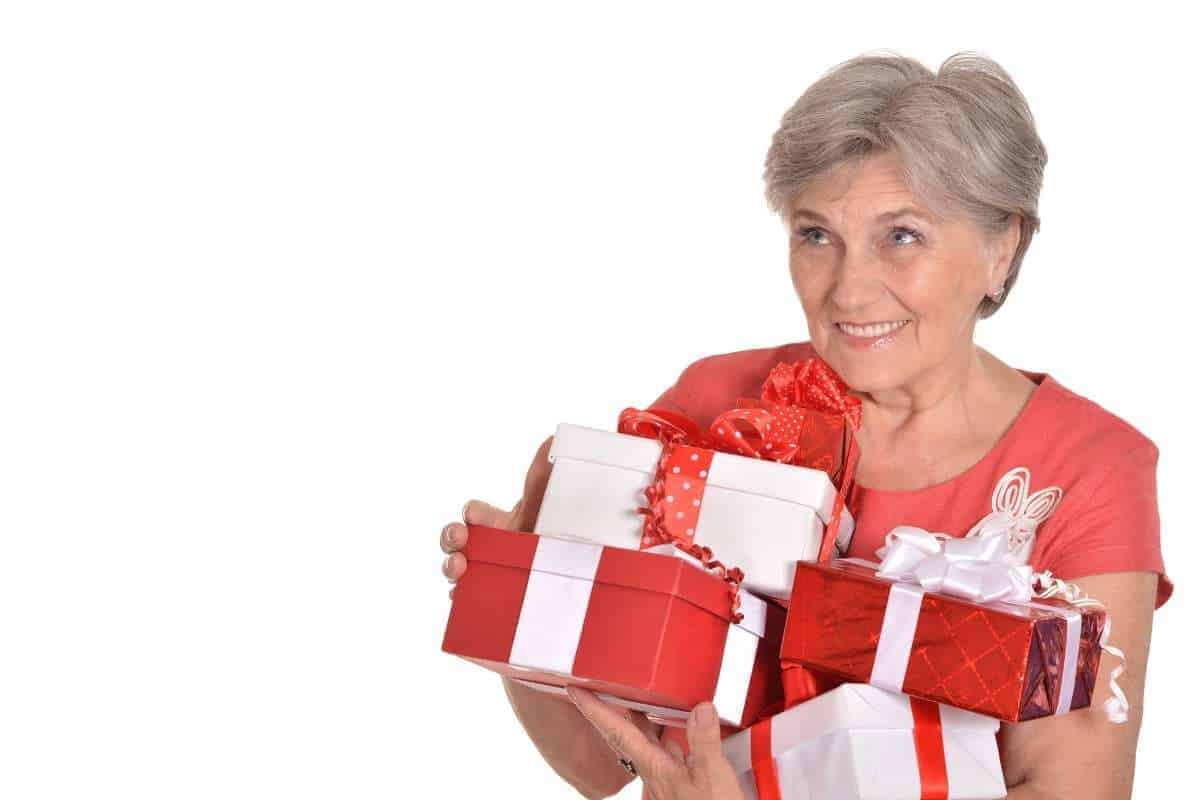 gift ideas for nursing home patients